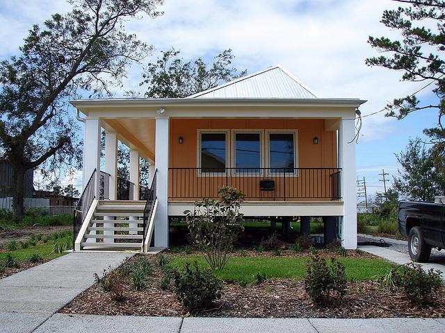 Как быстрее построить дом за недорогую цену?