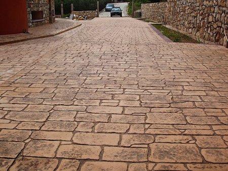 Печатный бетон для парковки